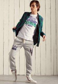 Superdry - WORKWEAR LITE - Shirt - notch green check - 0