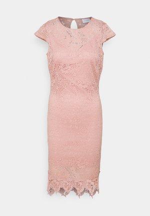 VIEDELLE CAPSLEEVE DRESS PETITE - Shift dress - misty rose
