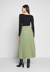 Selected Femme Tall - SLFJOSIE MIDI SKIRT - A-line skjørt - oil green - 2