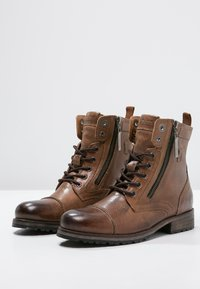 Pepe Jeans - MELTING  - Lace-up ankle boots - tobacco - 2