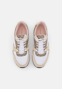 Emporio Armani - Sneakers laag - frost/ecru/gold - 4