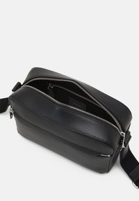 Paul Smith - CAMERA BAG EMBOSS UNISEX - Across body bag - black - 3