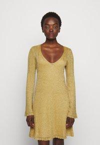 M Missoni - ABITO - Koktejlové šaty/ šaty na párty - gold - 0