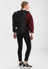 Herschel - LITTLE AMERICA  - Mochila - black - 5