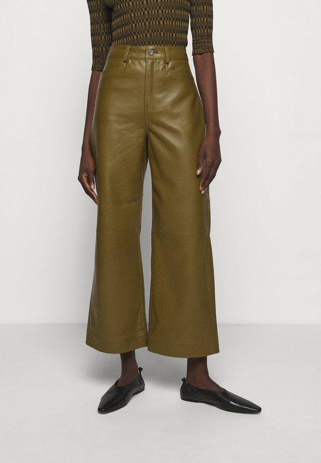 LIGHTWEIGHT CULOTTES - Pantaloni di pelle - military