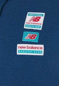 New Balance - ESSENTIALS FIELD DAY HOODIE - Sweatshirt - captain blue - 2