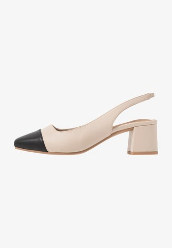 LUCIA LOW BLOCK HEEL