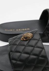 Kurt Geiger London - MEENA EAGLE - Pantofle - black - 6