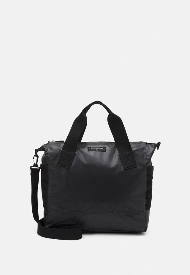 TOTE - Velká kabelka - black
