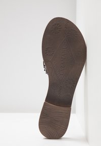 Lazamani - Pantolette flach - grey - 6