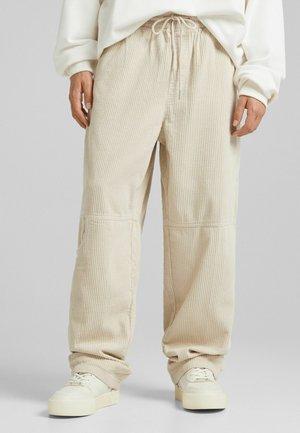 WIDE LEG AUS CORD  - Teplákové kalhoty - sand