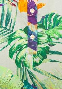 Emily van den Bergh - Kjole - khaki/multicolour - 2