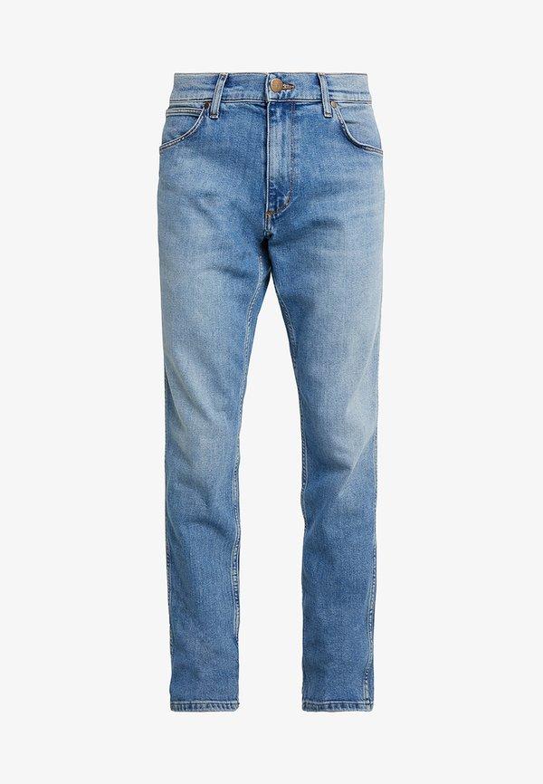 Wrangler GREENSBORO - Jeansy Straight Leg - mid summer blue/niebieski denim Odzież Męska CZDH