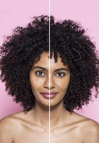L'Oréal Paris - INFAILLIBLE 24H FRESH WEAR MAKE-UP - Foundation - 220 sand - 1