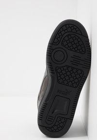 Puma - REBOUND LAYUP UNISEX - Sneakers alte - castlerock/black - 4