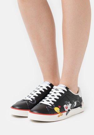 FLIPS - Sneakers laag - black