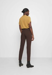 More & More - TROUSER - Trousers - chocolate - 2