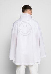 Ellesse - GIOCO - Poncho - white - 2