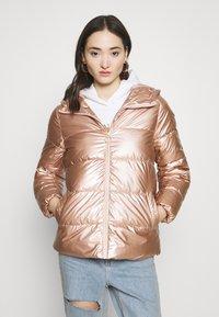 ONLY - ONLSAVANNAH METALLIC PUFFER - Winter jacket - frosted almond - 0