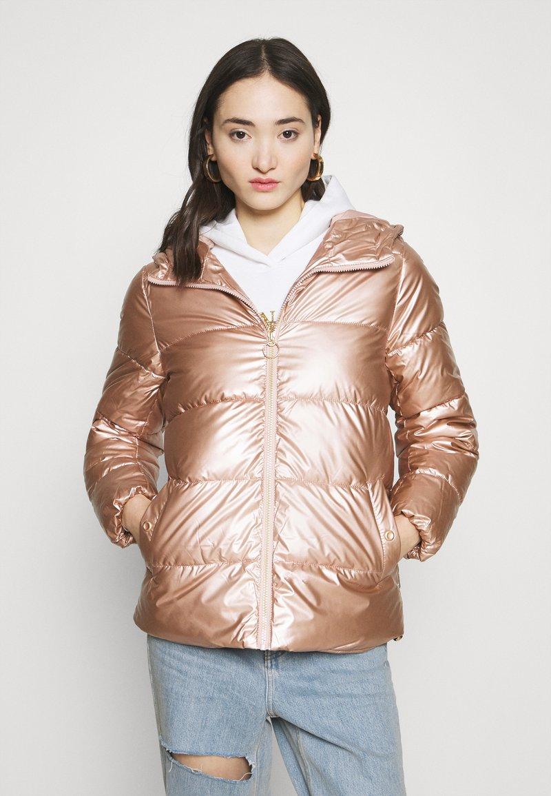 ONLY - ONLSAVANNAH METALLIC PUFFER - Winter jacket - frosted almond