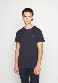 Jack & Jones - JORTIMES TEE CREW NECK 5 PACK - Basic T-shirt - dark blue/black/white/light grey/khaki - 3
