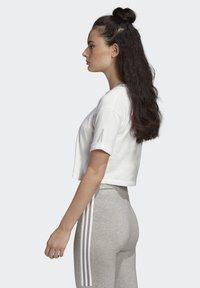 adidas Originals - CROP TOP - Print T-shirt - white - 3