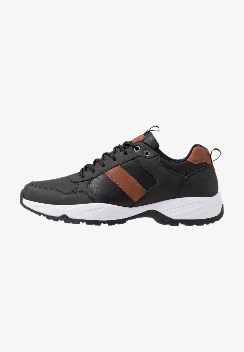 Pier One - Sneakers - black