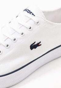 Lacoste - GRIPSHOT - Trainers - white/navy - 5