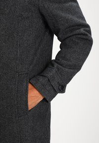 Pier One - Trenchcoat - salt and pepper - 4