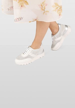 RUTH  - Sneakers laag - white
