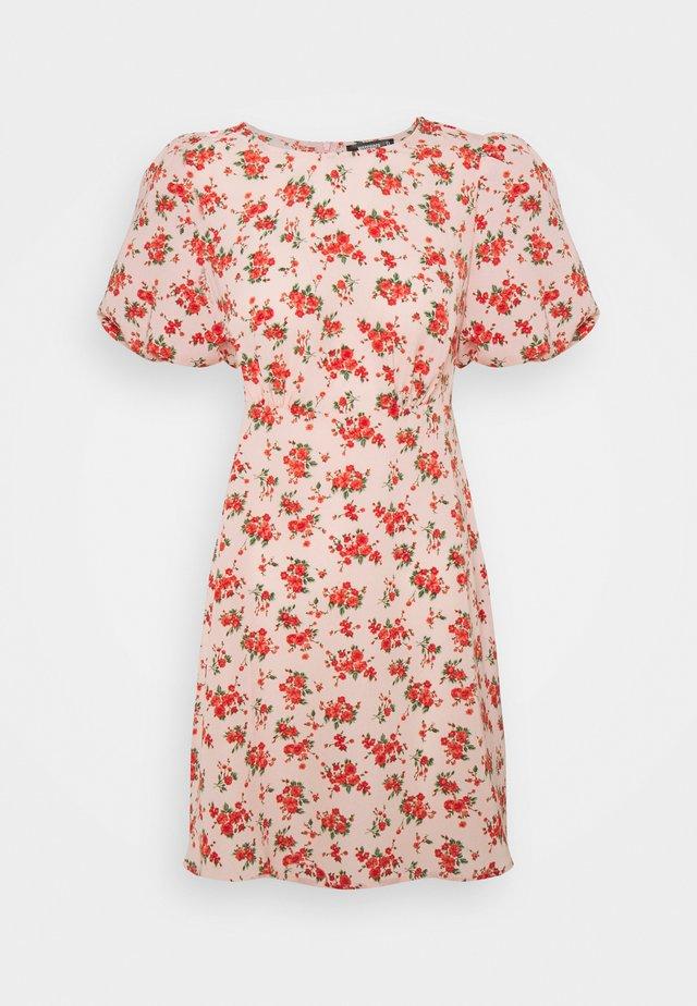 FLORAL PUFF SLEEVE SKATER DRESS - Kjole - pink