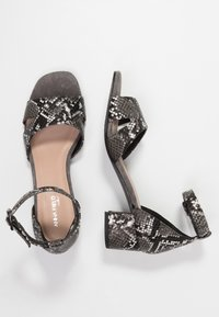 Anna Field Select - LEATHER SANDALS - Sandalen - black - 3