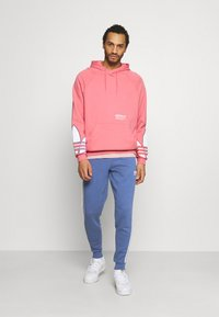 adidas Originals - STRIPES PANT - Træningsbukser - crew blue - 1