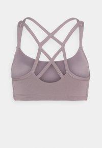 Nike Performance - FAVORITES STRAPPY BRA - Light support sports bra - purple smoke/white - 1
