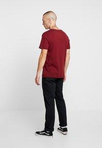 Levi's® Extra - T-shirt med print - cabernet - 2