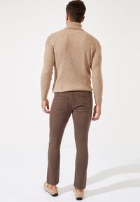 DeFacto - Pantaloni - Khaki - 3