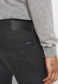 Calvin Klein Jeans - 035 STRAIGHT - Straight leg -farkut - black - 5
