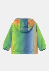 GAP - WINDBREAKER - Light jacket - mango - 1