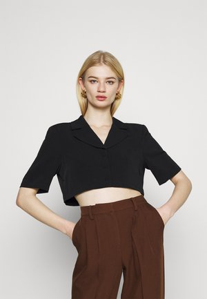 MATHILDE GØHLER MARKED SHOULDER CROPPED - Blazer - black