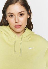 Nike Sportswear - HOODIE TREND - Hoodie - tea tree mist/white - 4