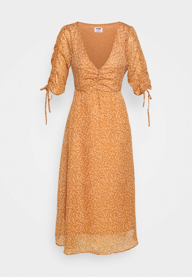 ROUCHED MIDI DRESS - Robe longue - brown