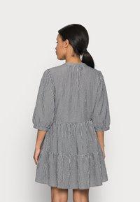 Forever New Petite - GINA GINGHAM SMOCK DRESS - Day dress - black and white gingham - 2
