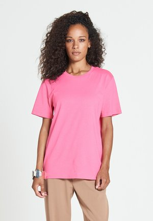 NEW STANDARD - Basic T-shirt - pink crush