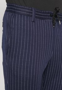 Anerkjendt - BUDDY PANTS - Trousers - sapphire - 5