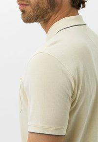 BRAX - STYLE PADDY - Polo shirt - vanilla - 3