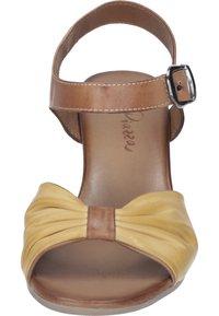 Piazza - Sandals - gelb - 4