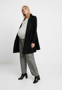 Dorothy Perkins Maternity - V NECK BUTTON CUFF - Långärmad tröja - grey - 1