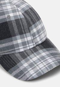 Nike SB - Cap - black/white - 3