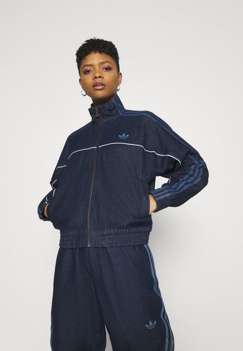 adidas Originals - DENIM JAPONA - Veste en jean - indigo
