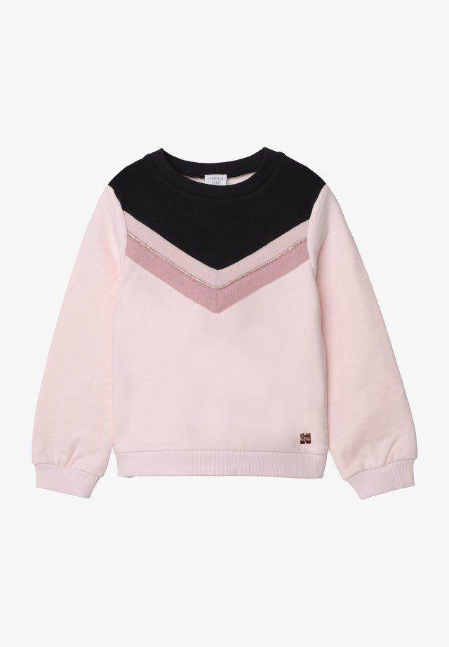 Sweater - litchi